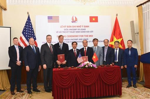 Mỹ hỗ trợ Việt Nam 2,4 triệu USD để định danh hài cốt trong chiến tranh