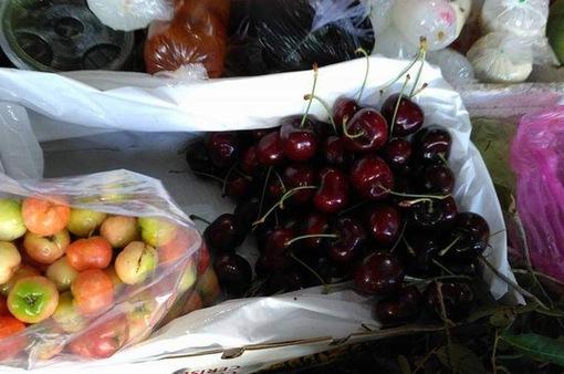 """Cherry giảm giá """"sập sàn"""""""