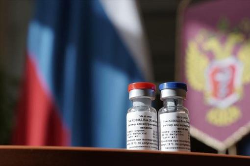 Việt Nam đã đăng ký mua vaccine COVID-19 của Nga