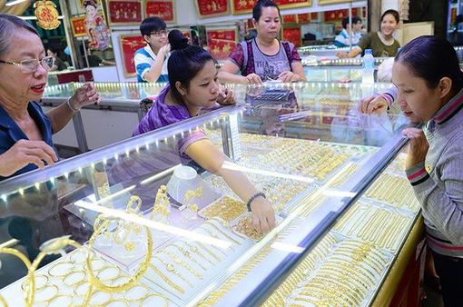 Giá vàng trở lại mốc 58 triệu đồng/lượng