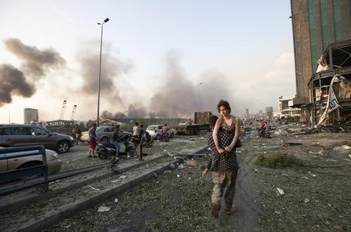 Vụ nổ ở Beirut có thể do đánh bom hoặc tấn công tên lửa?