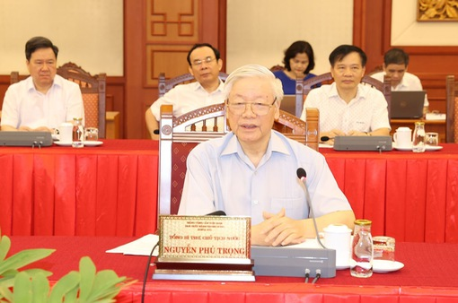 Bộ Chính trị cho ý kiến công tác chuẩn bị Đại hội Đảng bộ TP Hà Nội