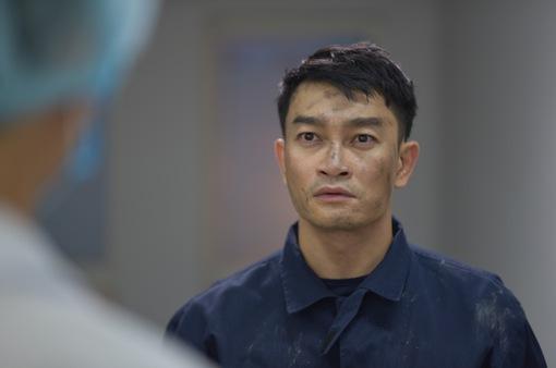 """Trương Minh Quốc Thái xa gia đình nửa năm để đóng """"Lửa ấm"""""""