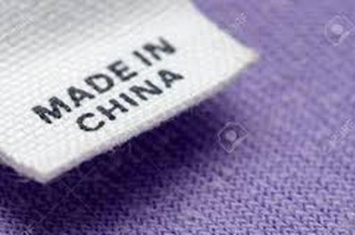 """Các thương hiệu Hong Kong (Trung Quốc) phải chuyển nhãn mác thành """"Made in China"""""""
