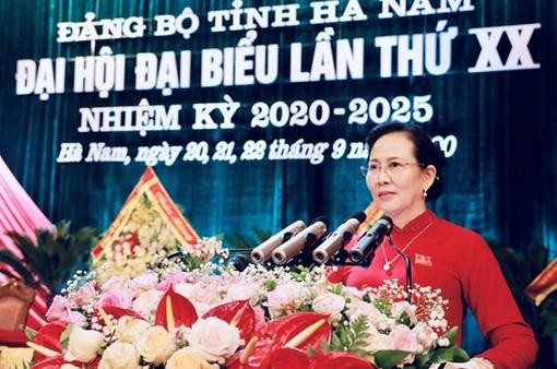 Bà Lê Thị Thủy tái cử chức Bí thư Tỉnh ủy Hà Nam