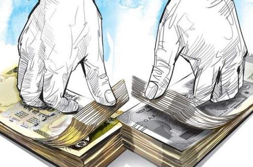 """Kéo cả vali tiền mặt tới ngân hàng: Sự thật đằng sau những giao dịch """"rửa tiền"""""""