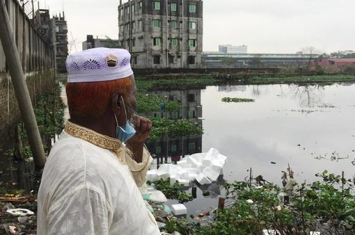Những dòng sông châu Á chuyển đen: Trách nhiệm của ngành công nghiệp thời trang