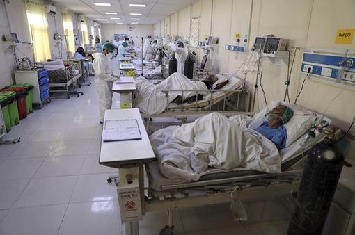 Hệ thống y tế Nhật Bản trước nguy cơ quá tải,  không thể tiếp nhận điều trị các ca nhiễm mới