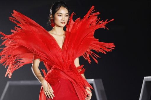 Đô thị đảo Phượng Hoàng là cảm hứng cho bộ sưu tập thời trang