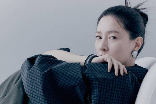 """Sắc vóc đẹp khó tin của """"nàng Dae Jang Geum"""" ở tuổi 50"""