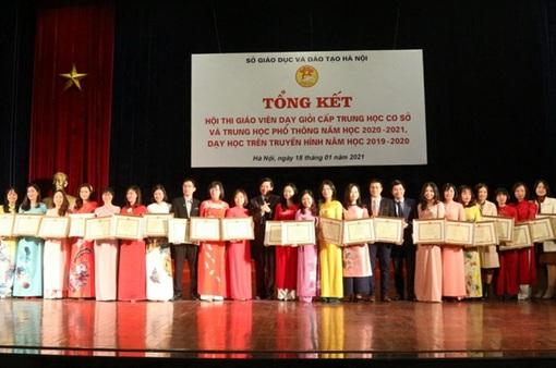 Hà Nội khen thưởng 270 giáo viên dạy giỏi cấp thành phố