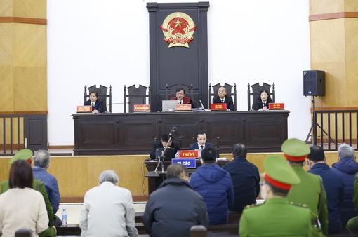 Lần thứ 2 hoãn xét xử vụ cựu Bộ trưởng Vũ Huy Hoàng