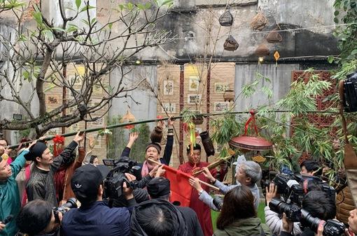 """Cảm nhận hương vị Tết cổ truyền dân tộc tại """"Tết Việt - Tết phố 2021"""""""
