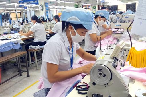 Doanh nghiệp tăng cường chăm lo cho người lao động