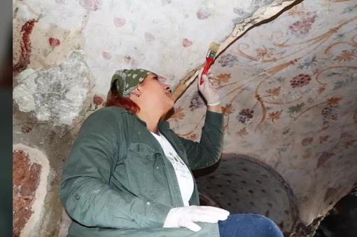 Khám phá 400 ngôi mộ có niên đại 1.800 năm tuổi