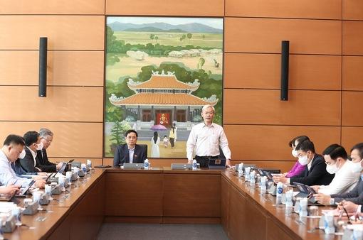 Ngày 21/10, Quốc hội thảo luận ở tổ về tình hình KT-XH, dự án Luật Cảnh sát cơ động