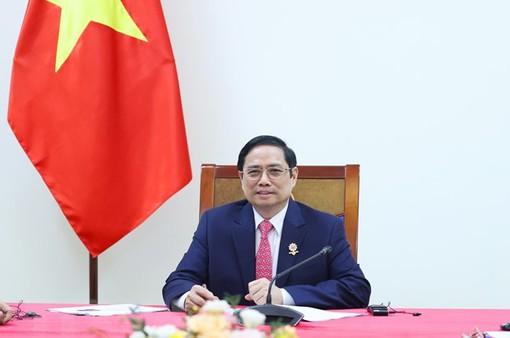 Thủ tướng Phạm Minh Chính điện đàm với Tổng thống Chile về ứng phó biến đổi khí hậu