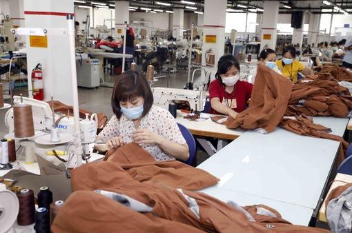 Xuất khẩu dệt may giảm tháng thứ 2 liên tiếp