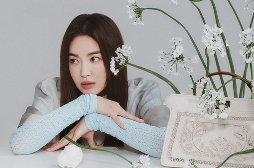 """Song Hye Kyo xứng danh """"nữ thần không tuổi"""" xứ kim chi"""