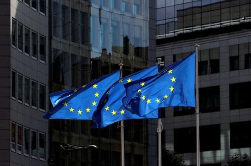 EU cảnh báo không nên dùng các biện pháp kích thích kinh tế quá sớm