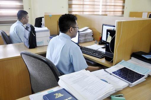 Quản lý hải quan hàng xuất, nhập khẩu giao dịch qua thương mại điện tử