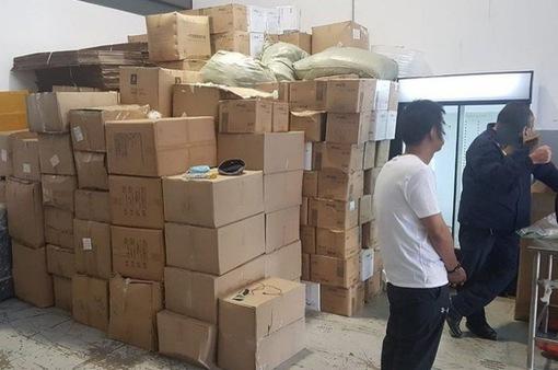 Trung Quốc, Nam Phi tịch thu hàng nghìn liều vaccine COVID-19 giả