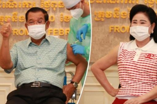 Thủ tướng Campuchia tiêm vaccine AstraZeneca ngừa COVID-19