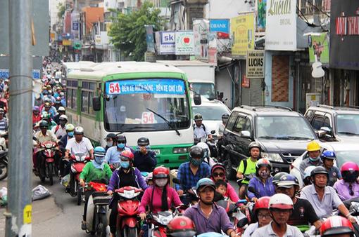 Triển khai xe bus mini tại TP Hồ Chí Minh là giải pháp khả thi