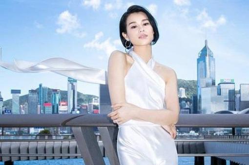 Hồ Hạnh Nhi bỏ túi 3 triệu nhân dân tệ sau 3 tháng làm việc ở Trung Quốc