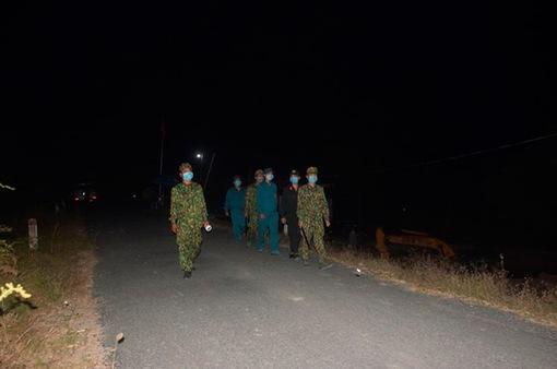 Việt Nam và Campuchia tuần tra chung để phối hợp ngăn chặn COVID-19