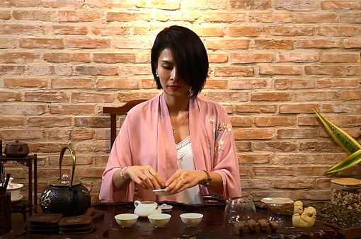 """Thanh """"trà"""" - Cô gái yêu trà Việt"""