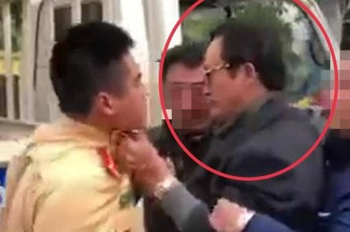 Kỷ luật cảnh cáo Chi cục trưởng túm cổ áo CSGT khi bị kiểm tra nồng độ cồn