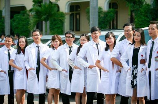 ĐH Y Hà Nội dự kiến tuyển 10% chỉ tiêu ngành bác sĩ đa khoa có chứng chỉ tiếng Anh quốc tế