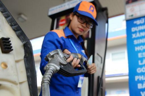 Quỹ bình ổn giá xăng dầu Petrolimex tiếp tục giảm 370 tỷ đồng
