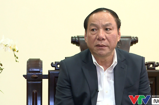 """Tân Bộ trưởng Nguyễn Văn Hùng: """"Phải mang phong cách quốc tế phục vụ khách nội địa!"""""""