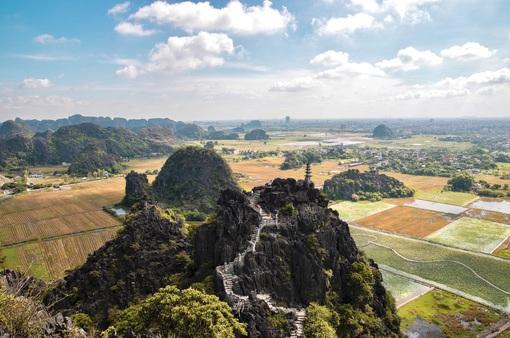 Hang Múa - điểm đến yêu thích của Năm du lịch quốc gia 2021 ở mảnh đất cố đô