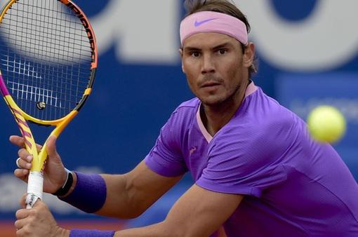 Rafael Nadal khởi đầu nhọc nhằn tại Barcelona mở rộng