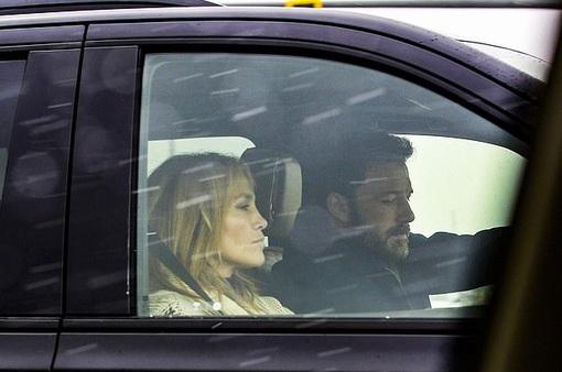 Ben Affleck và Jennifer Lopez tái hợp sau 17 năm chia cách?