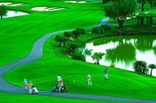Hà Nội tạm dừng toàn bộ các hoạt động thể thao tập trung, sân golf