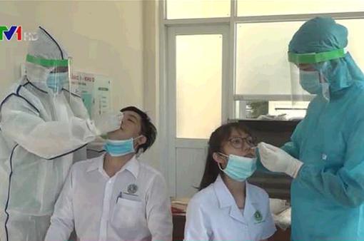 TP Hồ Chí Minh xét nghiệm thần tốc, chặn đứng nguồn lây COVID-19