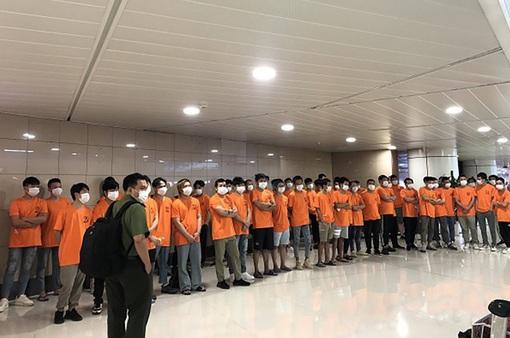 TP Hồ Chí Minh trục xuất 52 người nước ngoài nhập cảnh trái phép