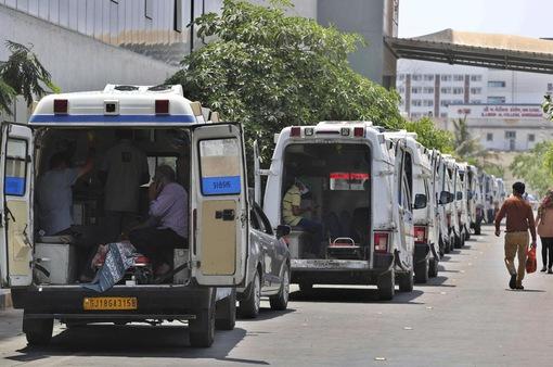 Biến xe bus trường học thành phòng cung cấp oxy