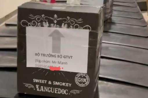 Bộ GTVT phản hồi về lô hàng đi Tân Sơn Nhất gắn tên Bộ trưởng