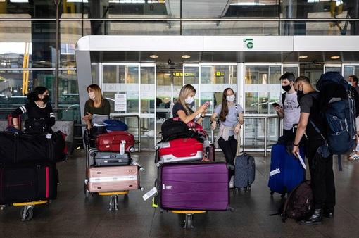 Lượng hành khách qua các sân bay Mỹ đạt mức cao nhất kể từ tháng 3/2020