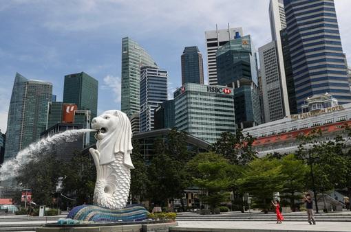 Singapore nới lỏng các quy định giãn cách phòng dịch COVID-19