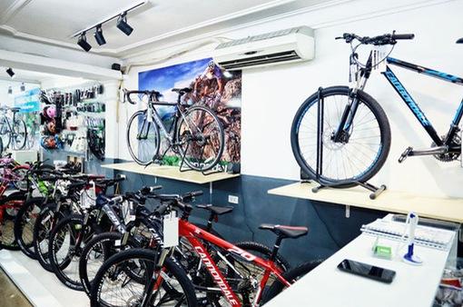 """Thị trường xe đạp """"cháy hàng"""" mùa COVID-19"""