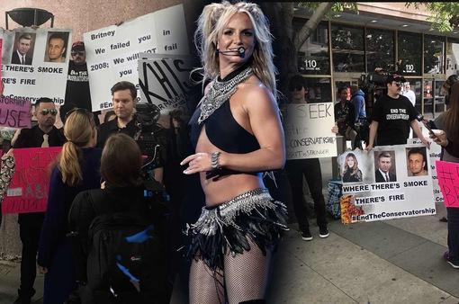 """Britney Spears: """"Tôi chỉ muốn cuộc sống của tôi trở lại"""""""