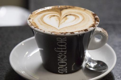 Uống 4 tách cà phê mỗi ngày có thể giúp giảm nguy cơ mắc bệnh gan mãn tính