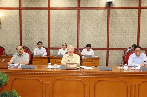 Bộ Chính trị đồng ý chủ trương hỗ trợ người lao động và người sử dụng lao động