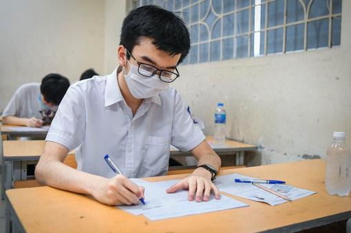 Hơn 11.000 thí sinh thi tốt nghiệp THPT đợt hai tại 13 hội đồng thi
